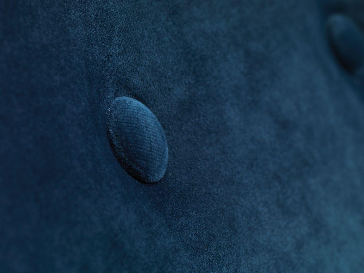 Fåtölj EGEDAL sammet mörkblå