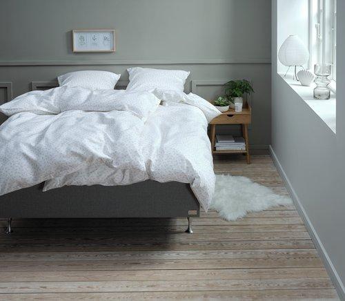 Спално бельо с чаршаф HELENE сатен DBL