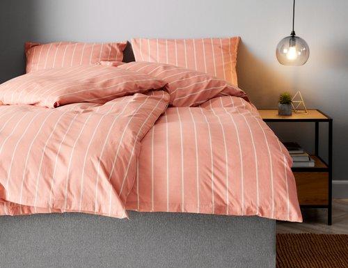 Спално бельо с чаршаф SARA SGL