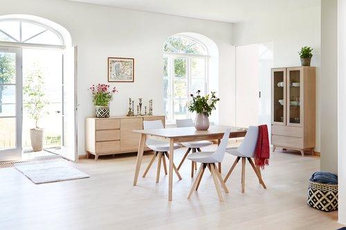 Ruokapöydän tuoli ORE valk. keinon/tammi