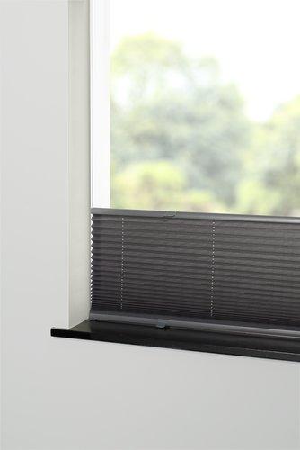 Plisségardin HVEN 140x130cm grå